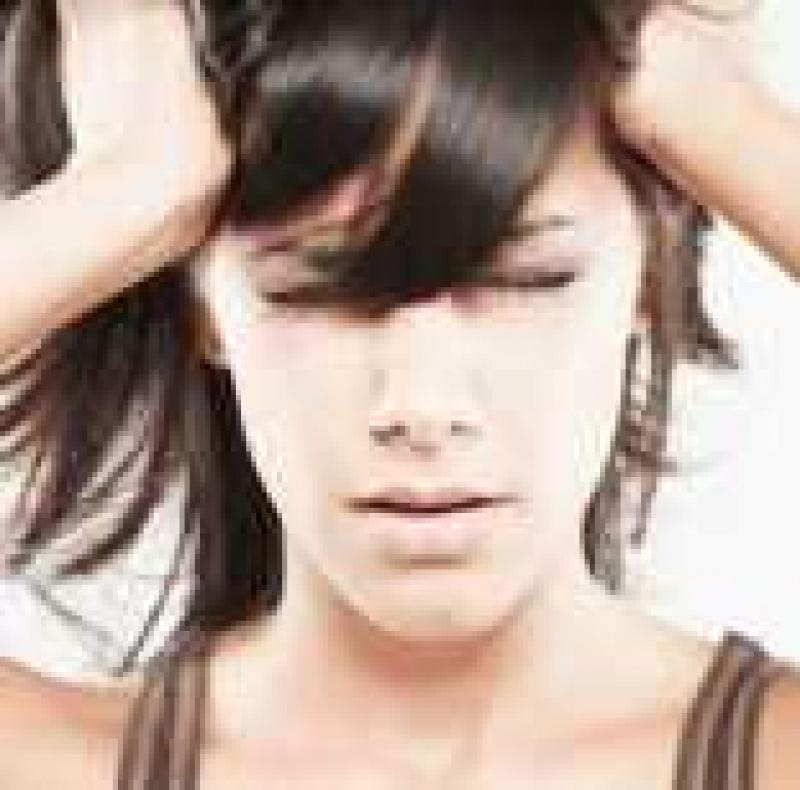 A migrénesek kevésbé esélyesek a mellrákra