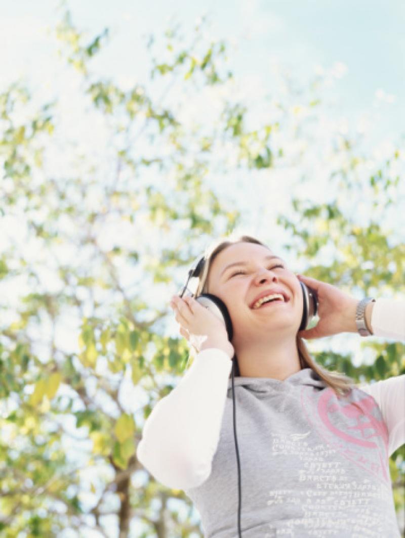Befolyásoljon a zenével!