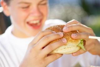 Túl sok koleszterint esznek  a gyerekek is?