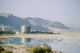 A Holt-tenger már a fürdőkádban
