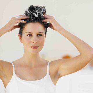 A hajhullás elleni legjobb természetes szerek