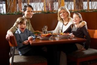 Mit tesznek elénk az étteremben?