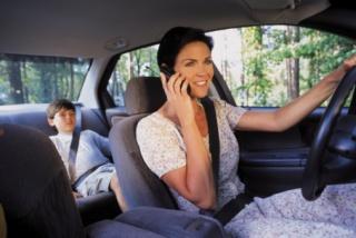 A WHO szerint a mobil, a rovarirtó és a kipufogógáz egyaránt rákkeltő kategória