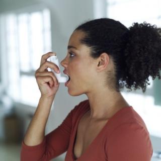 Házi praktikák a parlagfű-allergia ellen