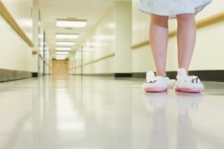 Döntés a kórházak államosításáról