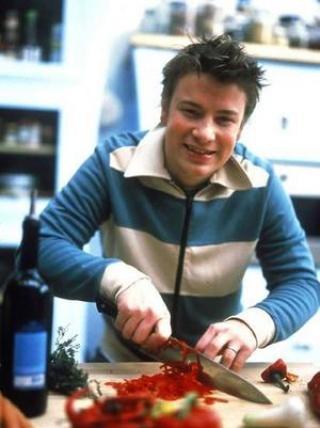 Jamie Oliver támadja a brit minisztert