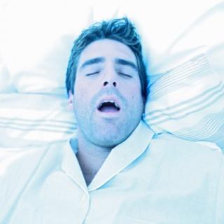 A  horkolás nőknél is szívinfarktust okozhat