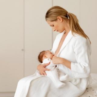 Ősi ösztön vagy szerzett rutin – Az anyatejes táplálás (1. rész)