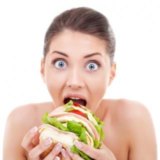 Hogyan érhetjük el a tartósan alacsony testsúlyt? Éhezés nélkül!