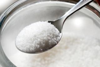 A cukor lassítja, az omega-3 zsírsav gyorsítja az agyműködést