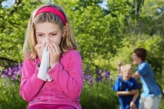 Köhög, tüsszög? Mikor gondoljunk gyermekeknél pollenallergiára?