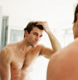Mikor kóros, meddig természetes a hajhullás