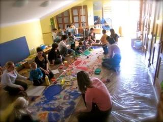 Itt a hatékony megoldás: művészetterápiával segíthetünk gyermekeinken