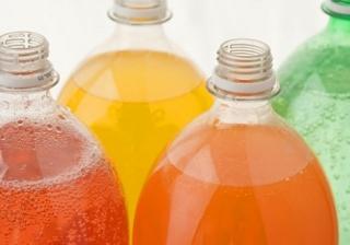 Súlyos következményei lehetnek a cukros üdítőitalok fogyasztásának