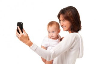 Így okostelefonoznak a magyar hölgyek