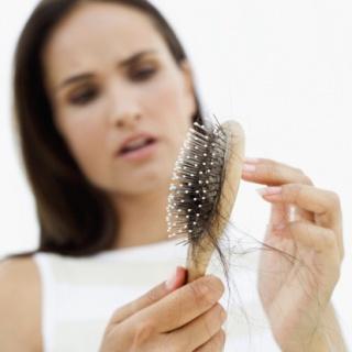 A hajhullást atkák is okozhatják