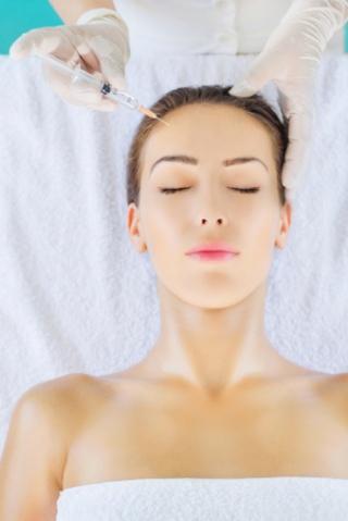 Védje bőrét a hideg ellen – tartós hidratáltság hyaluronsavval