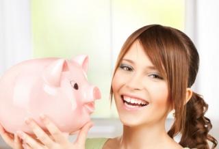 Középiskolások pénzügyi ismeretei: elméletből kettes, gyakorlatból hármas