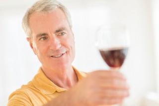 Bizonyítottan lassítja az öregedést a vörösborban lévő hatóanyag