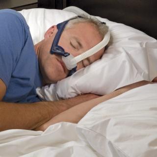 7 ok, amiért kezeltetnie kell a horkolását