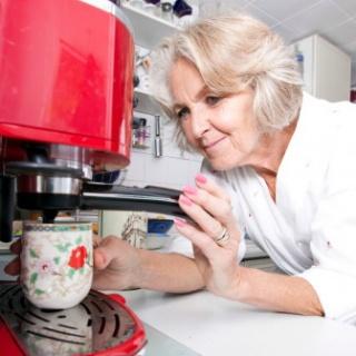 A kávé segít megelőzni a fülcsengést?