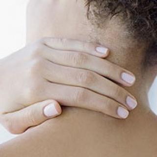 Új, lézeres terápia a krónikus nyakfájás enyhítésére
