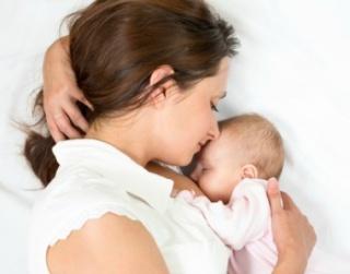 Az éltető anyatej