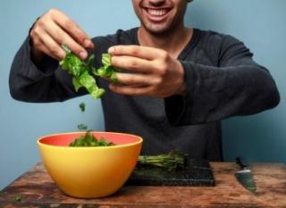 A húsmentes étrend károsíthatja a férfiak termékenységét