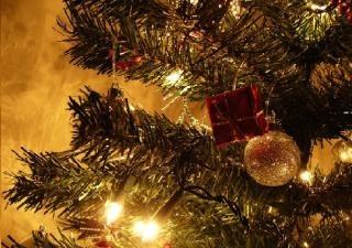 Veszélyforrások karácsonykor - mire figyeljünk?