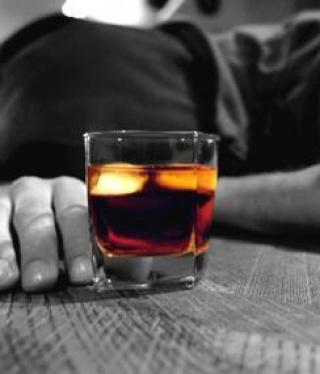 A túlzott alkoholfogyasztás káros hatásairól