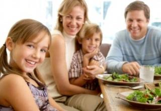 Miért fontos a közös családi étkezés?