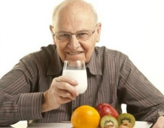 Időskori táplálkozás: tanácsok 65 év felett