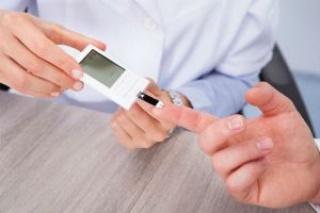 Oltással védenék a cukorbetegek látását