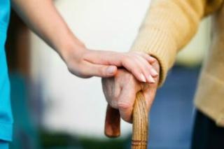 Sokkal több lesz az Alzheimer-kóros 2050-re?