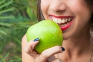 Allergiás tüneteket okozhat az alma