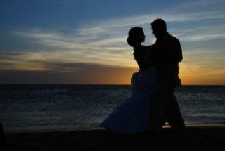 Sok válás, kevés esküvő