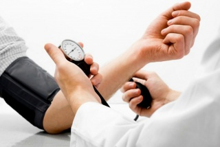 Így figyeljünk a vérnyomásunkra!