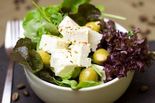 A mediterrán diéta idős korban is fitten tartja az agyat