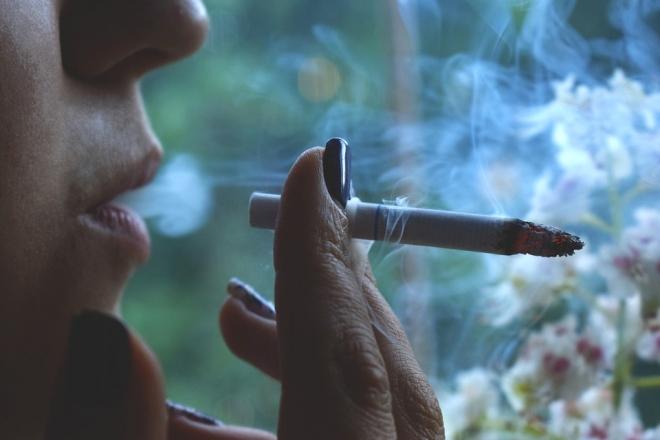 Még súlyosabb következményei vannak egy kismama dohányzásának
