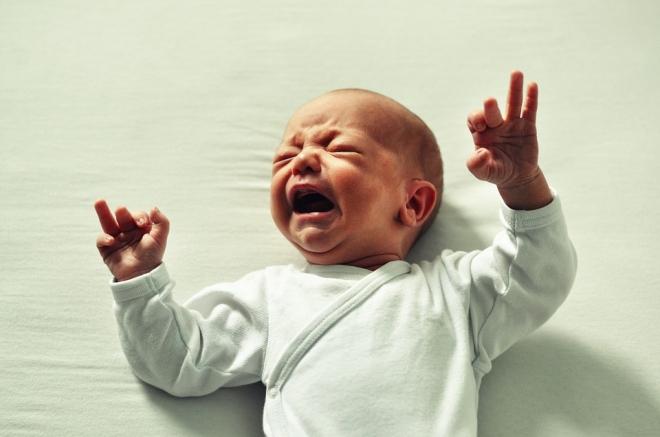 A fokozott szülői stressz is okozhat csecsemőkori hasfájást