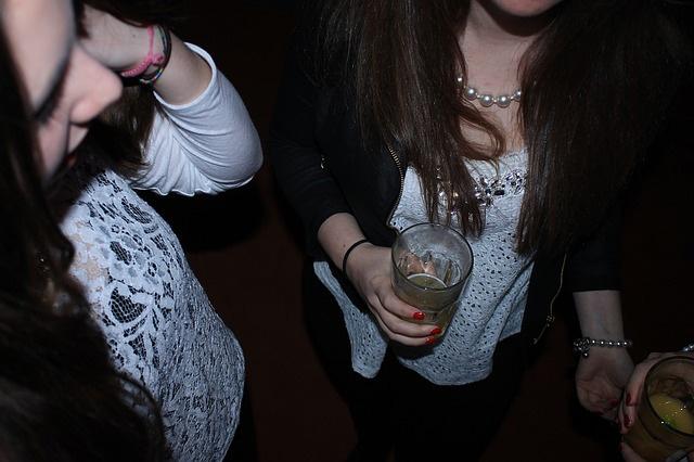 A serdülőkori alkoholfogyasztás hatása felnőttkorban