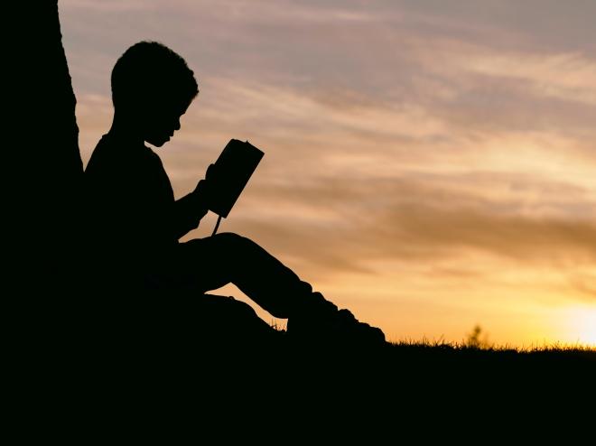 Akiknek az olvasás leküzdhetetlen nehézséget jelent