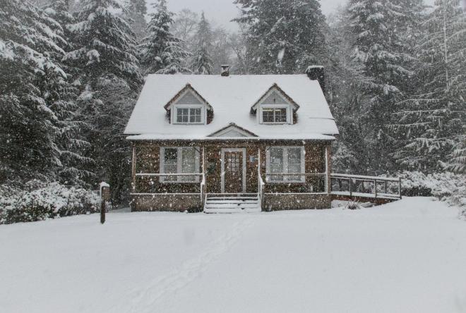Ház a hóban
