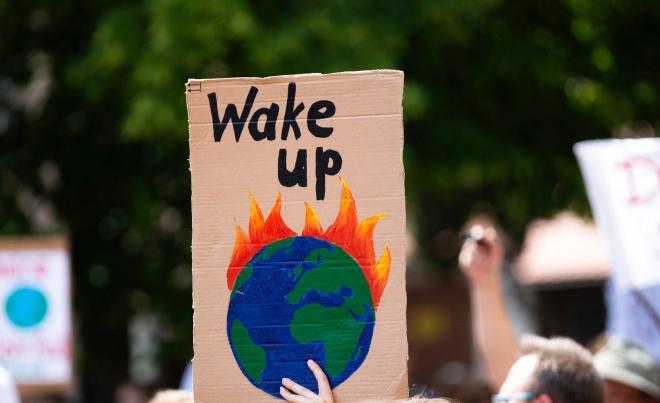 Ideje lenne tényleg megijedni! – Greta Thunberg könyvéről