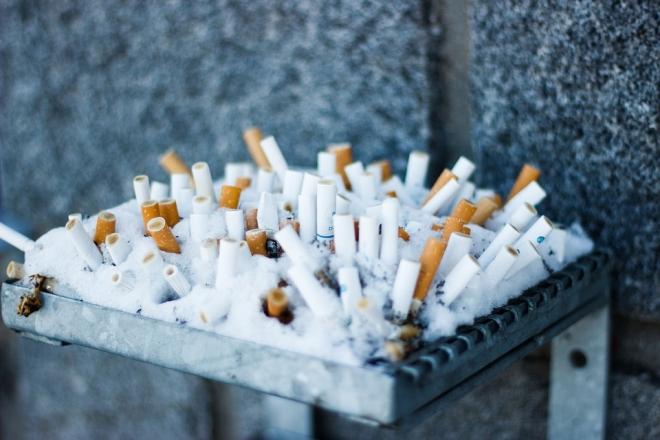 A cigarettacsikk tovább szennyez