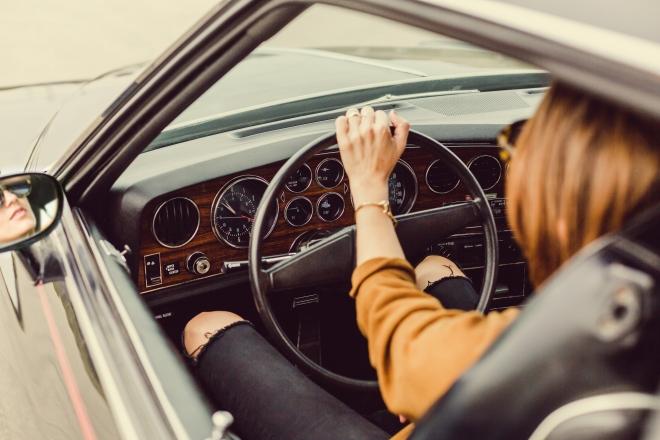 Egészségtelenebbek és kövérebbek az autótulajdonosok