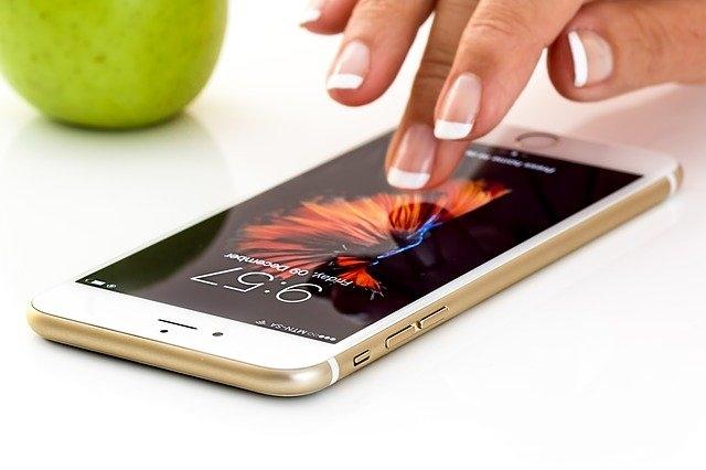 Bőrgyógyászati rendelés mobilon a SOTE közreműködésével