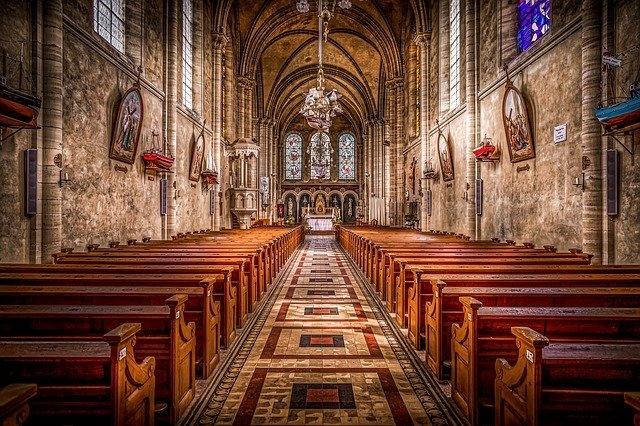 Egyházi lelkisegély-vonalak működnek az ünnepek alatt is