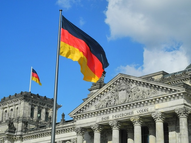 Németországban az év végéig tarthat a járvány