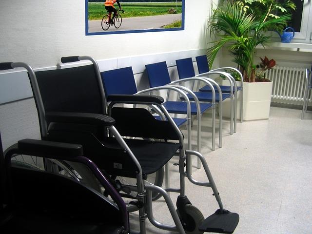 Újabb egészségügyi ellátásokat indítanak újra